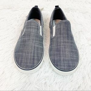 Gap boys canvas slip on shoes sneakers grey